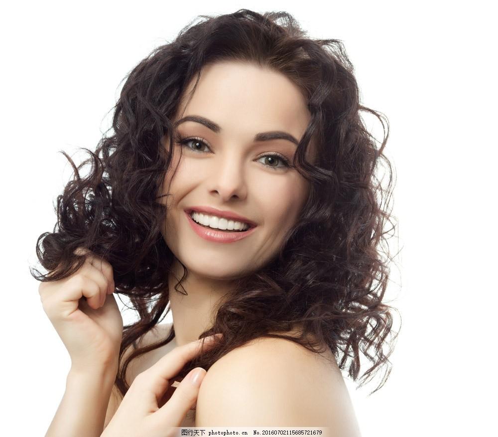卷发模特美女 卷发模特美女图片素材 卷发造型 时尚美女 性感美女图片