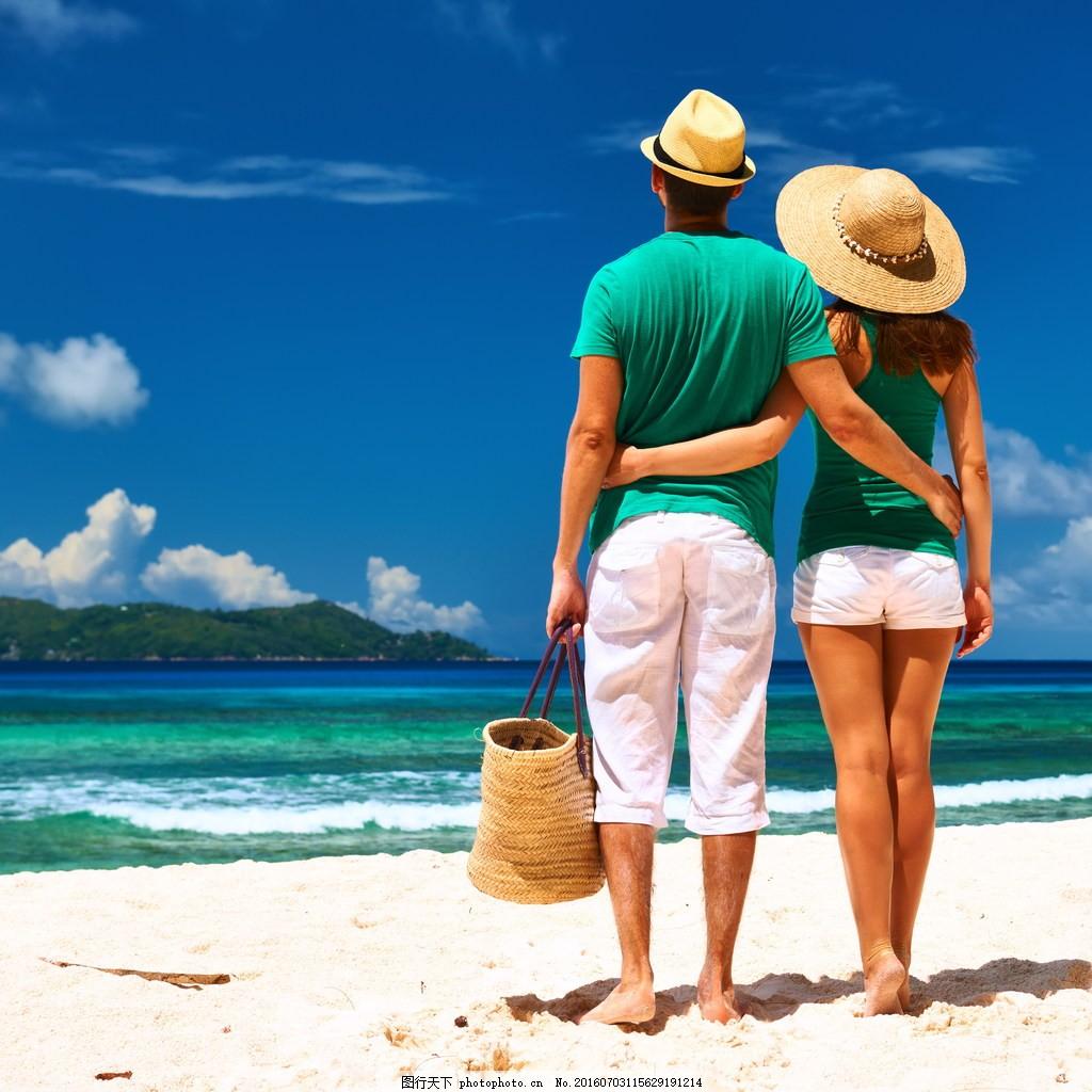 海边浪漫情侣背影图片图片