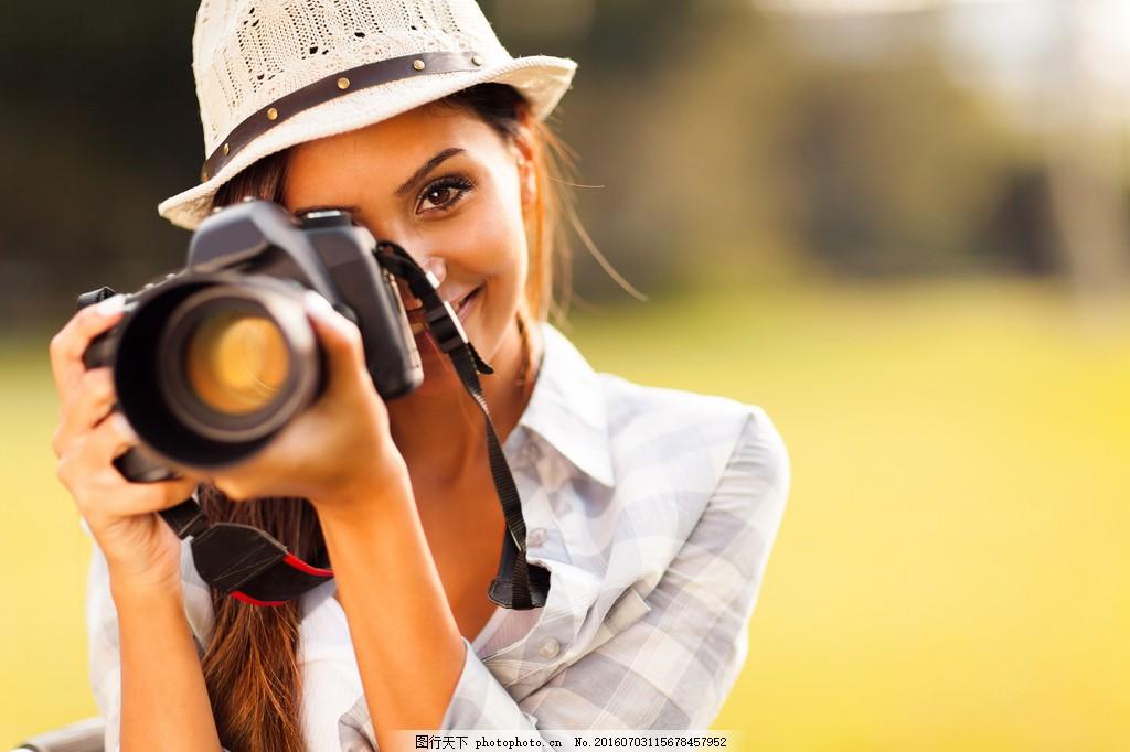 美女摄影师图片