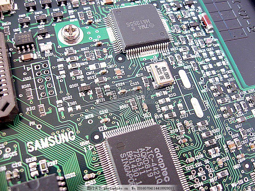 电脑内部的芯片 微芯片 电路 彩色 蓝色 序列 数字 结构 红色