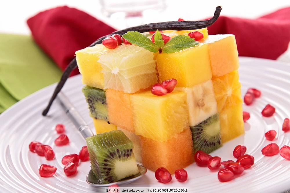 漂亮的水果魔方图片