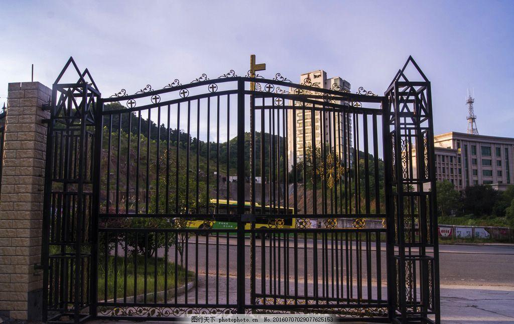 铁门 铁艺 大门 雕花铁门 门 建筑摄影 摄影 建筑园林 其他 240dpi