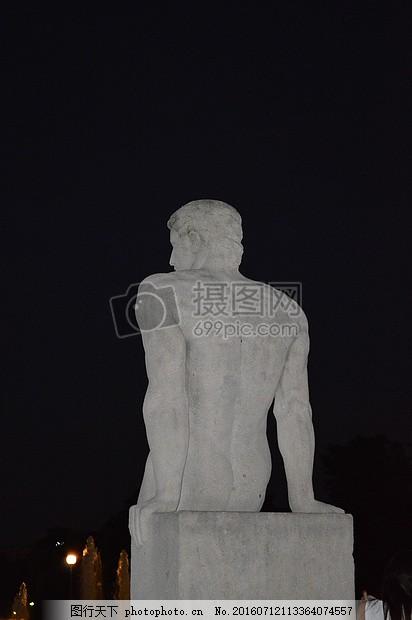 雕塑 雕像 石头雕刻 男子     黑色 jpg