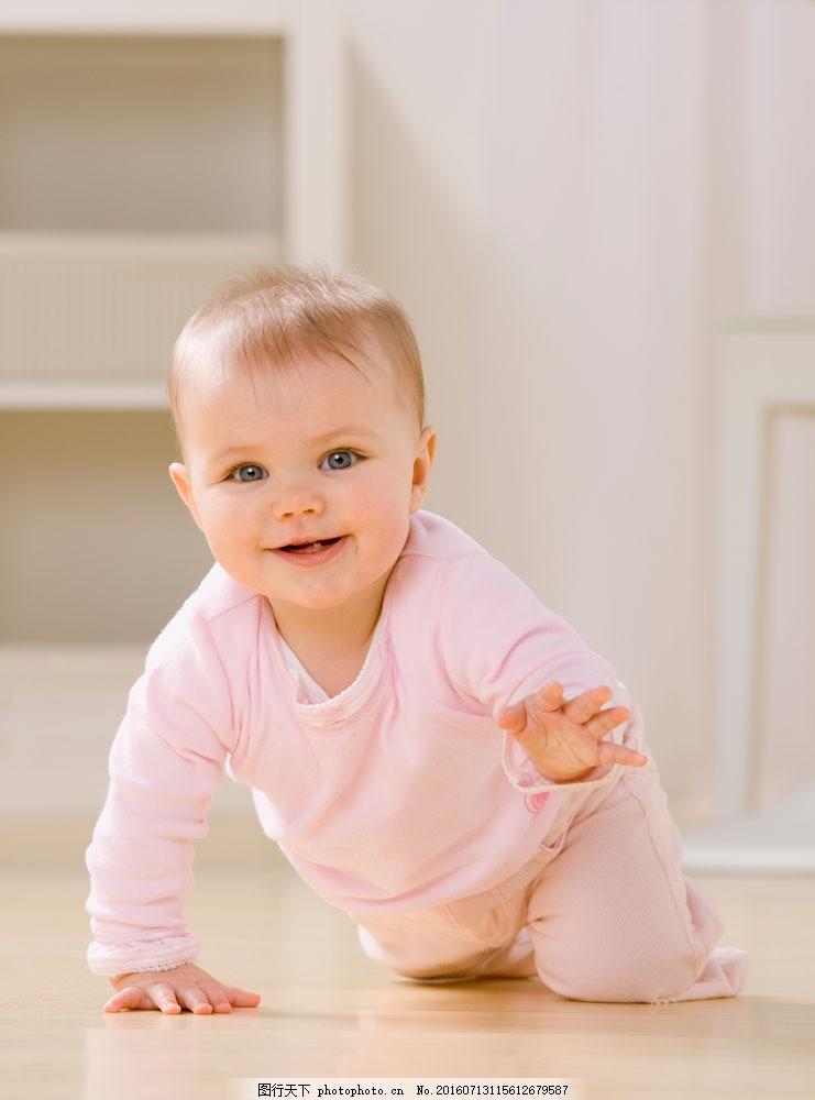 正在爬的外国婴儿 正在爬的外国婴儿图片素材 宝贝 宝宝 可爱 姿势