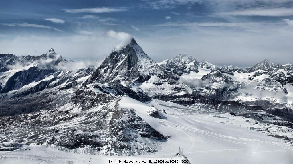 黑白雪山风景图片