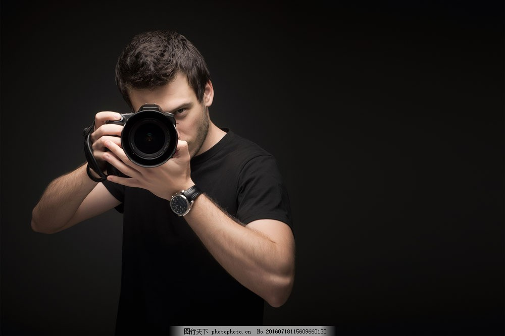 正在拍照的摄影师 正在拍照的摄影师图片素材 姿势 动作 创意图片