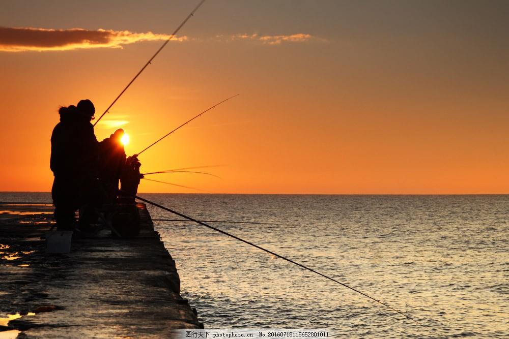 码头钓鱼的人 码头钓鱼的人图片素材 海边钓鱼 垂钓 大海 海面