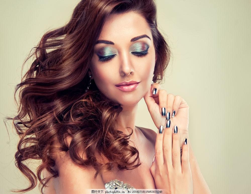 彩妆美发模特 彩妆美发模特图片素材 卷发美女 美发造型 发型 时尚