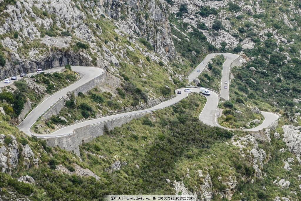 美丽的环山公路风景图片