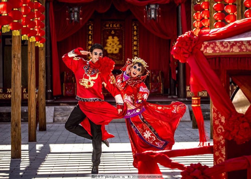 中式古典婚礼 新人情侣 新婚夫妻 新人 新郎新娘 帅哥美女 婚纱照