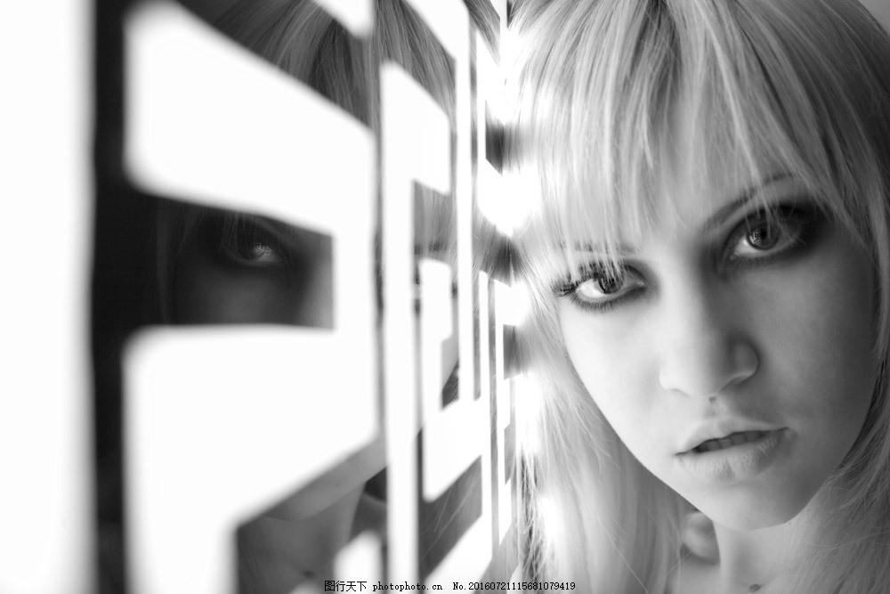 外国美女模特摄影图片