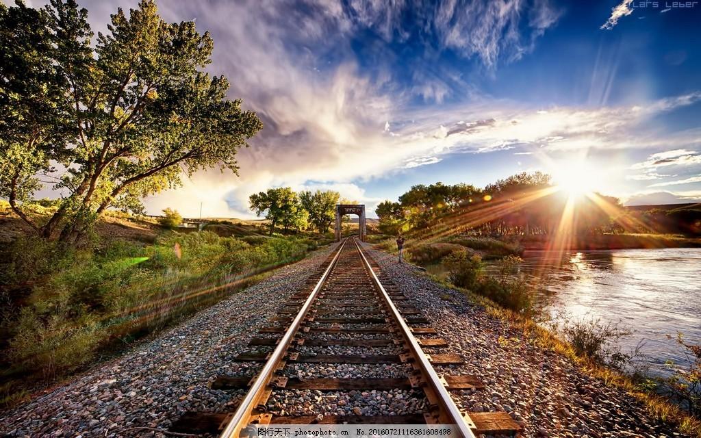 风景高清图片下载 树木 天空 笔直的铁路 铁道 轨道   上传: 2017-1-4