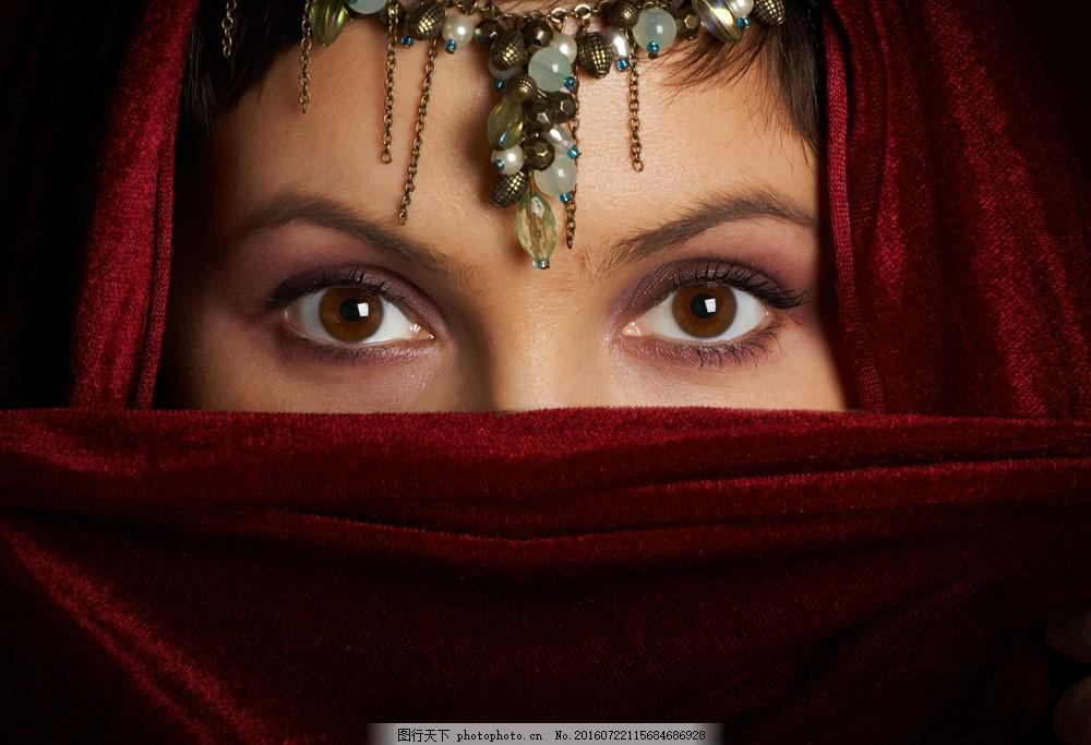 头饰下漂亮的眼睛图片素材 头饰 蒙面 美女 女人 眼睛 外国人物 人体