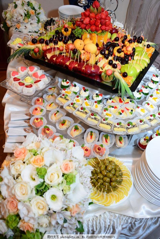 鲜花与水果拼盘图片素材 糕点 水果冷盘 水果拼盘 美食 食物摄影 美味