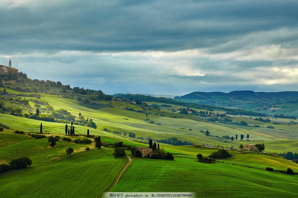 美丽的绿色田园风景图片