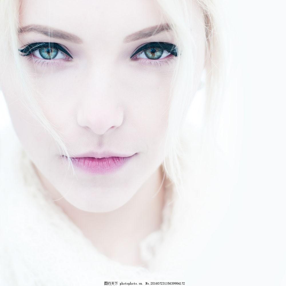 白发美女图片素材 美女 外国美女 白色肌肤 白色头发 美女图片 人物