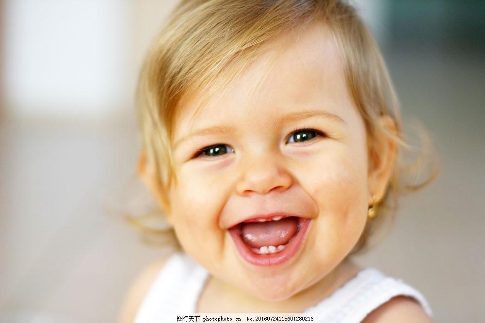 开心的外国小女孩宝贝图片图片