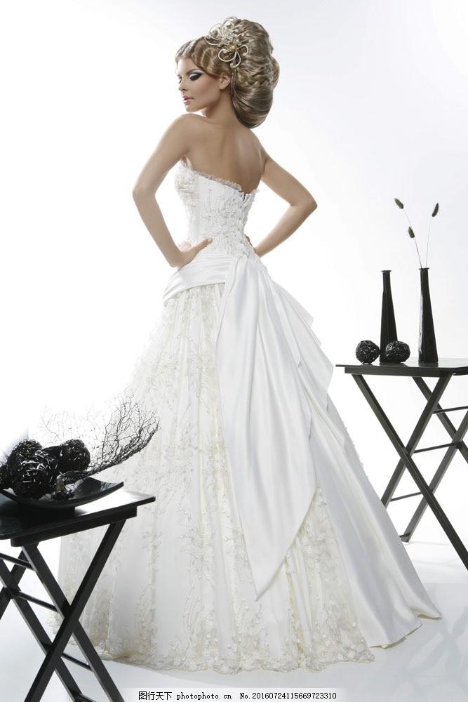 美女婚纱模特图片