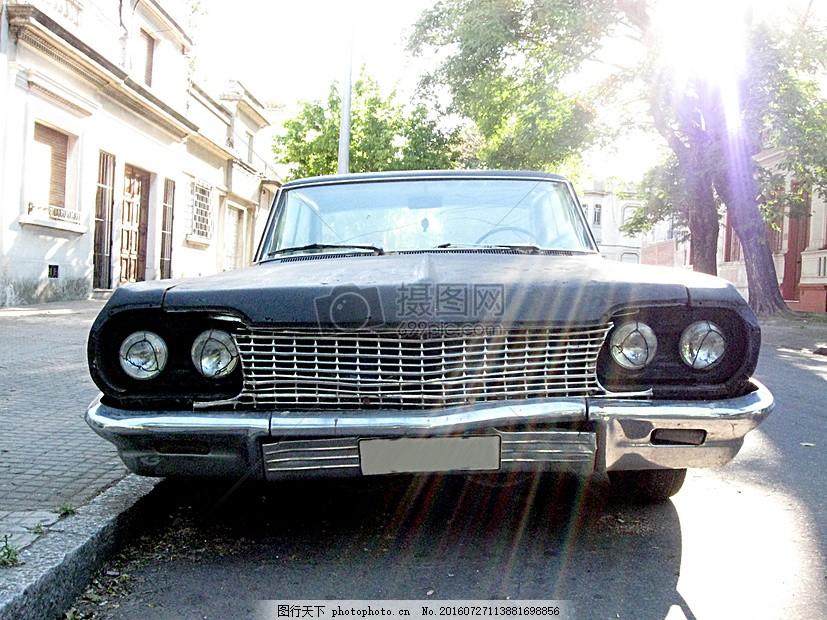 老旧汽车2036(10).JPG  红色