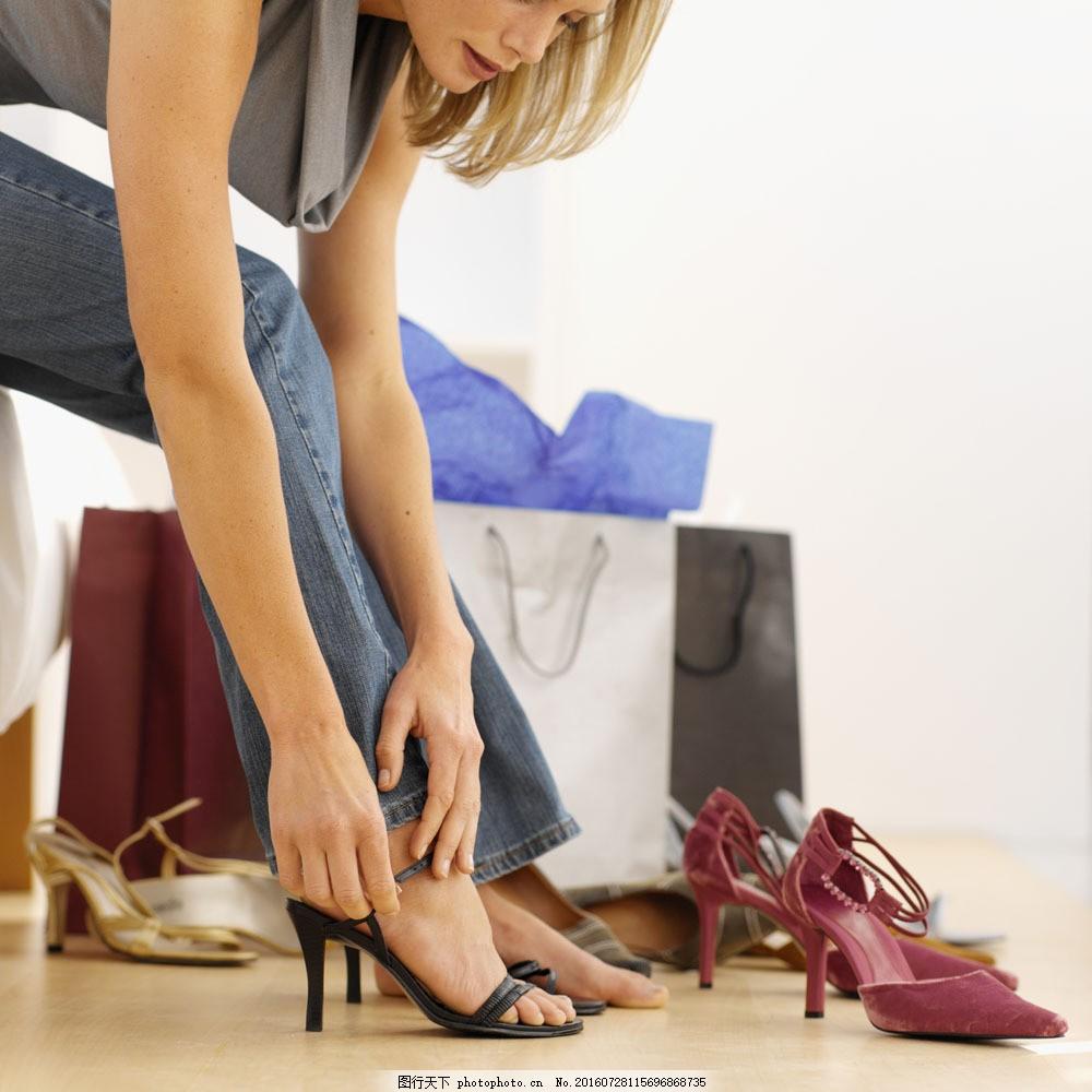 穿高跟鞋的美女 穿高跟鞋的美女图片素材 外国女性 女人 性感美女