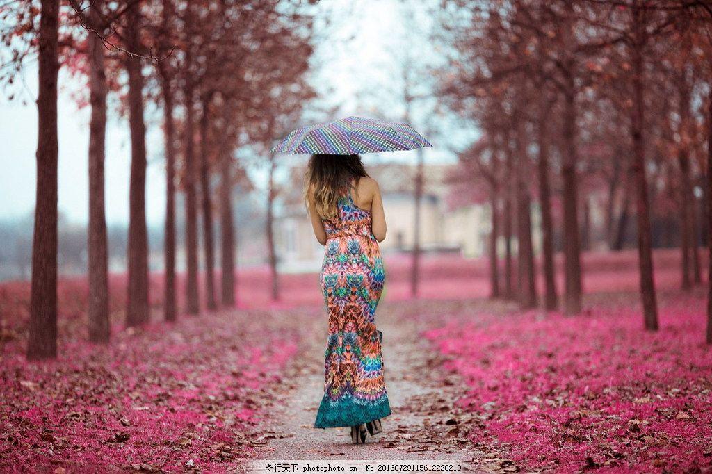 唯美撑伞美女 唯美撑伞美女高清图片下载 女孩 下雨天 背影
