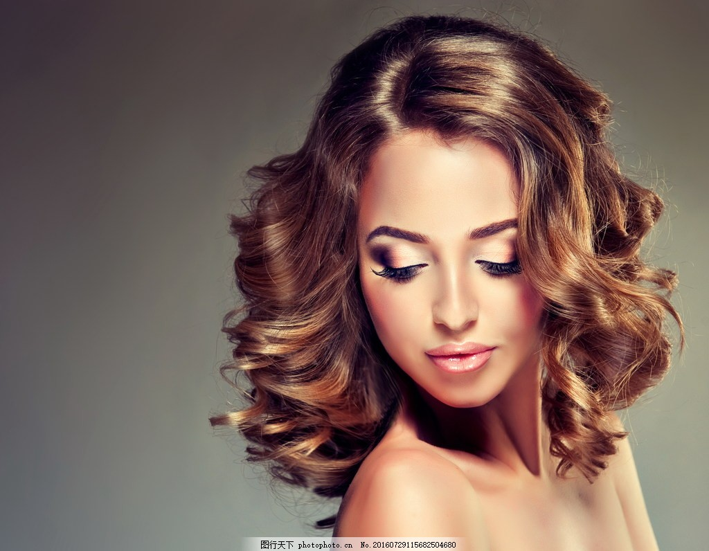 气质卷发发型 气质美女图片