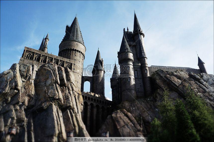 尖塔复古欧式城堡