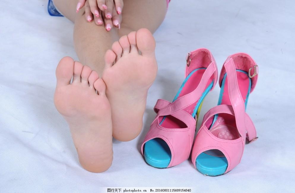美女脚底板图片杭州抖音美女图片图片