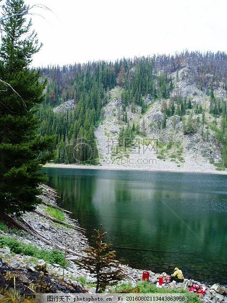 水面上的风景