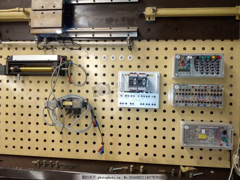 墙上的控制开关 水力学 自动化 控制墙 电 白色 黑色 按钮 电路板