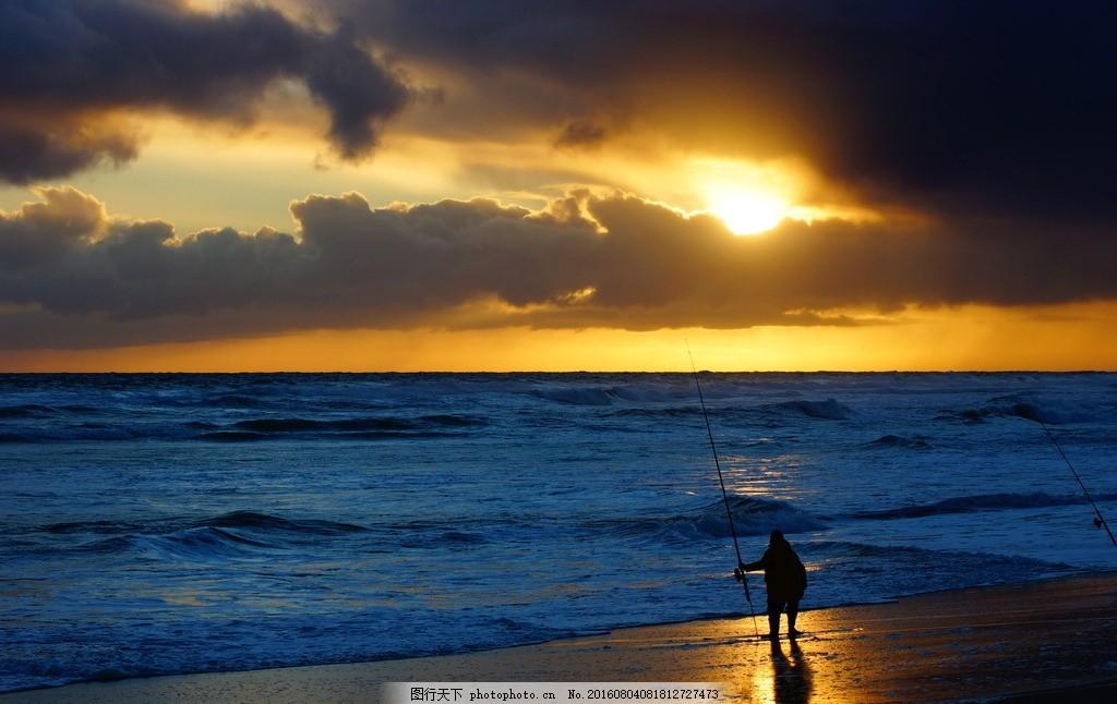 黄昏美景垂钓 海滩 落日 余辉 沙滩 海岸 海边 海边垂钓 钓鱼