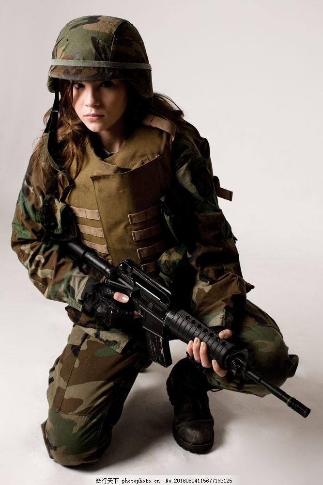 美女军人图片