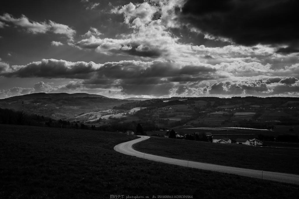 黑白乡村风景图片