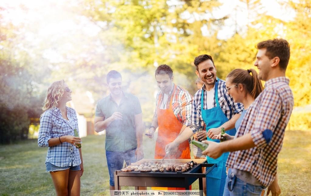 野炊聚会 野炊 野外烧烤 户外聚会 年轻人聚会 野炊烧烤 好朋友聚会图片