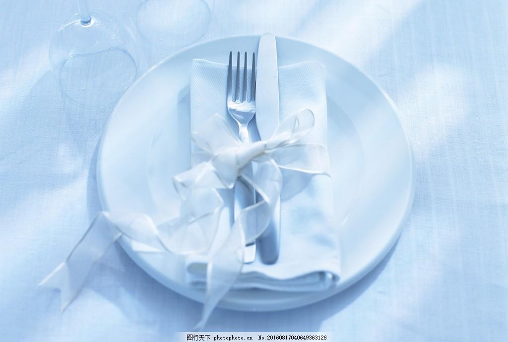 西餐餐具 西餐 盘子 陶瓷 酒店 文化 餐饮 行业 餐具 餐盘 刀叉 素材
