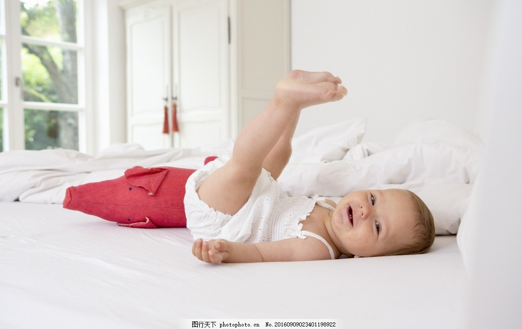 新生儿 宝宝 睡觉 萌宝宝 可爱宝宝 漂亮宝宝 萌娃 萌小孩 小孩 外国