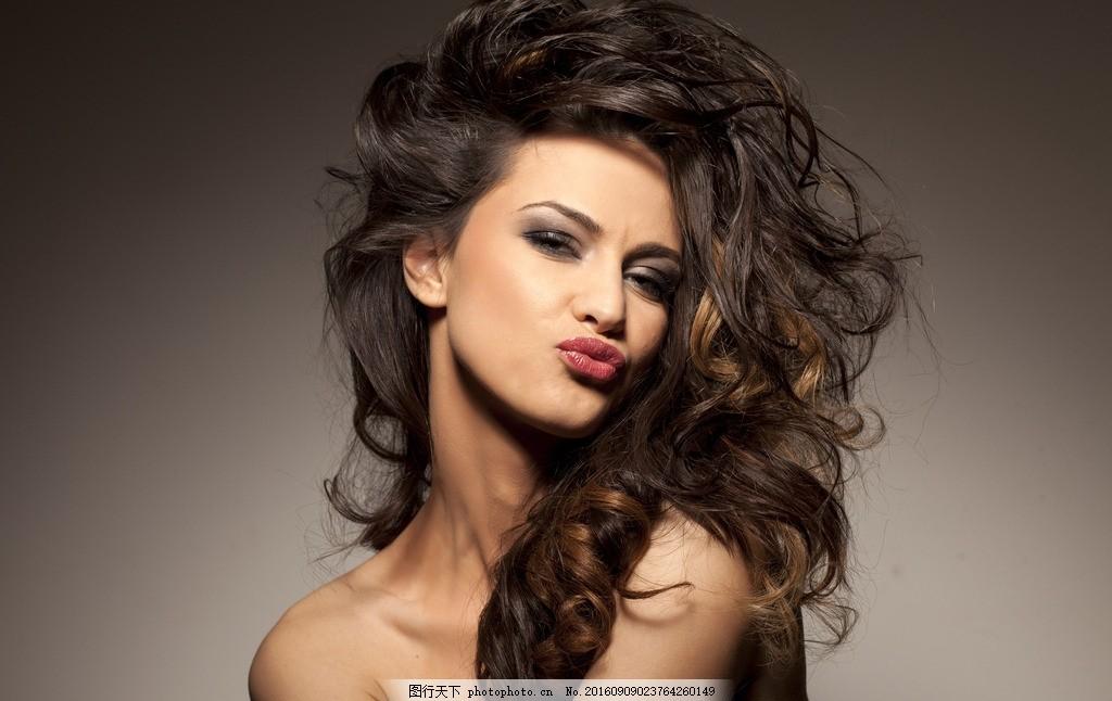 长发美女 美女 模特 女模特 女郎 靓女 性感 气质 时尚 西洋美人 西方