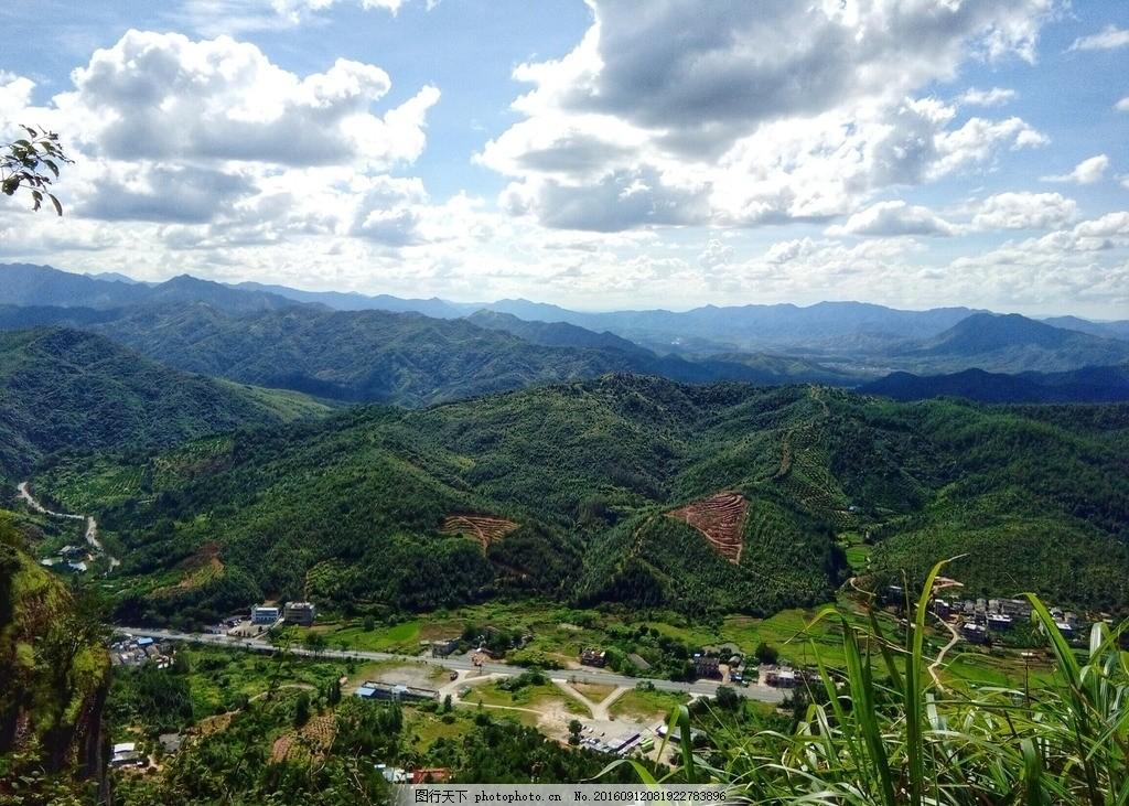 大山风景 景区 小武当山 蓝天白云 远视 开阔 高山 摄影 摄影
