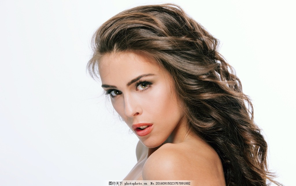 长发美女 美女 模特 女模 女郎 靓女 性感 气质 时尚 西洋美人 西方丽