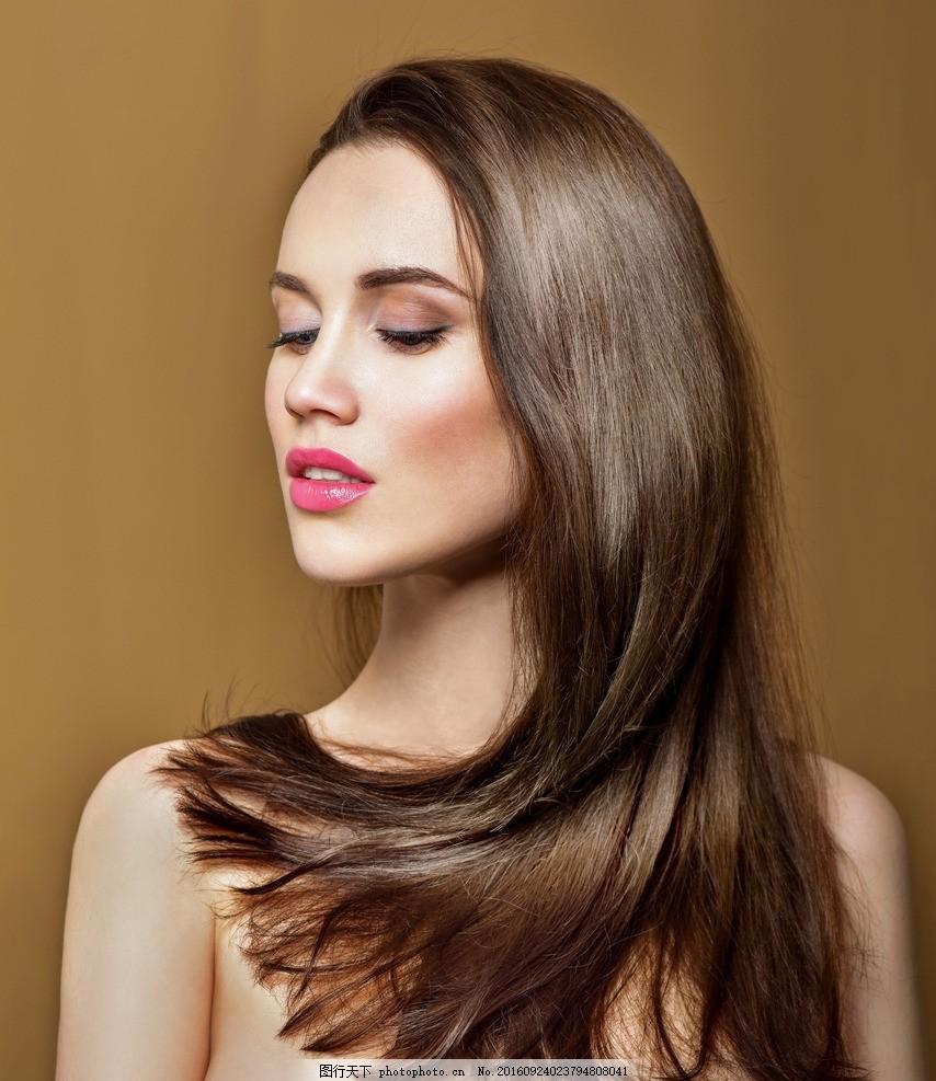 外国美女 内衣 红色 时尚 气质 卷发 长发 美发 女子模特 表情